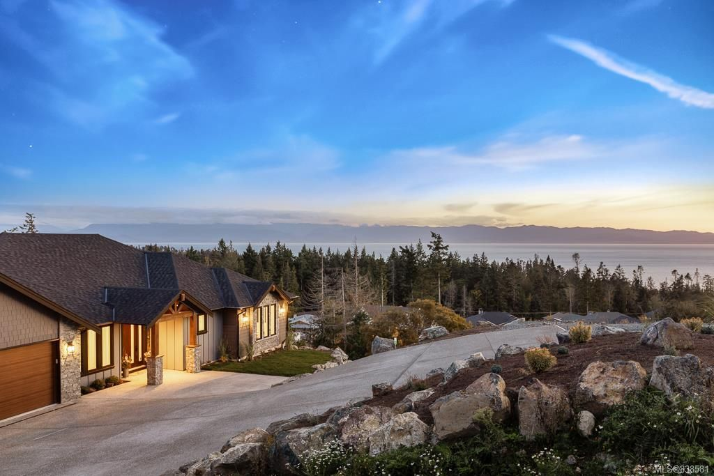 Main Photo: 7235 Spar Tree Way in Sooke: Sk John Muir House for sale : MLS®# 838581
