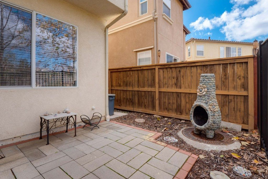 Photo 22: Photos: NATIONAL CITY House for sale : 3 bedrooms : 4102 Verde View