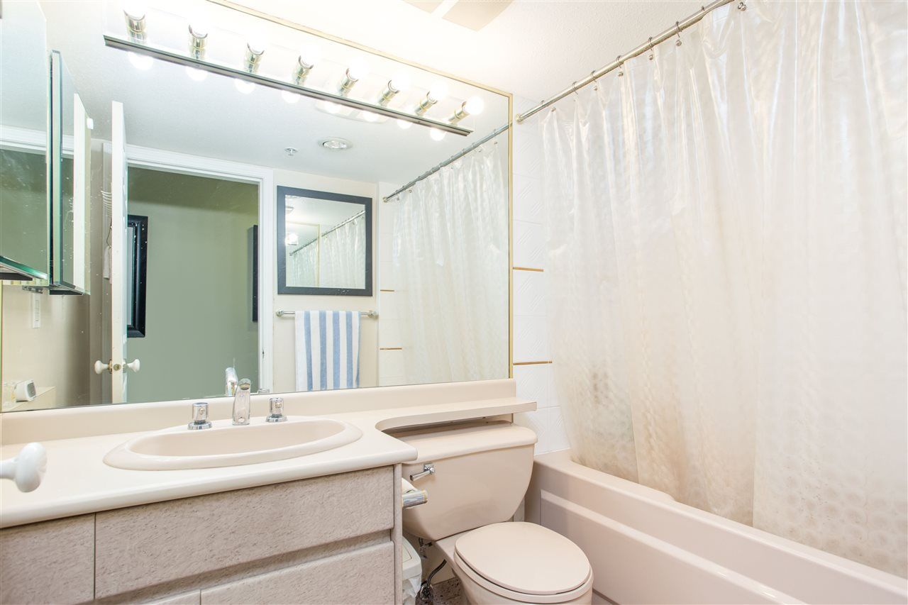 """Photo 4: Photos: 303 1159 MAIN Street in Vancouver: Downtown VE Condo for sale in """"CITY GATE II"""" (Vancouver East)  : MLS®# R2413773"""