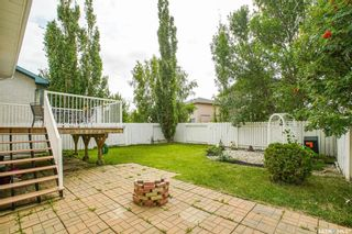 Photo 3: 414 Budz Crescent in Saskatoon: Arbor Creek Residential for sale : MLS®# SK826080