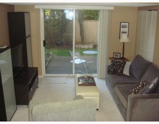 """Photo 9: 4 1195 FALCON Drive in Coquitlam: Eagle Ridge CQ Townhouse for sale in """"THE COURTYARDS"""" : MLS®# V775028"""