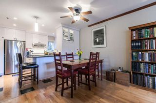 Photo 4: 2308 VINE STREET in Vancouver: Kitsilano Townhouse  (Vancouver West)  : MLS®# R2039868