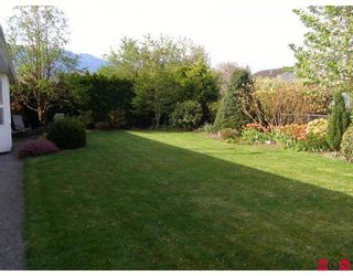 Photo 2: 46330 JOHN Place in Sardis: Sardis East Vedder Rd House for sale : MLS®# H2901712