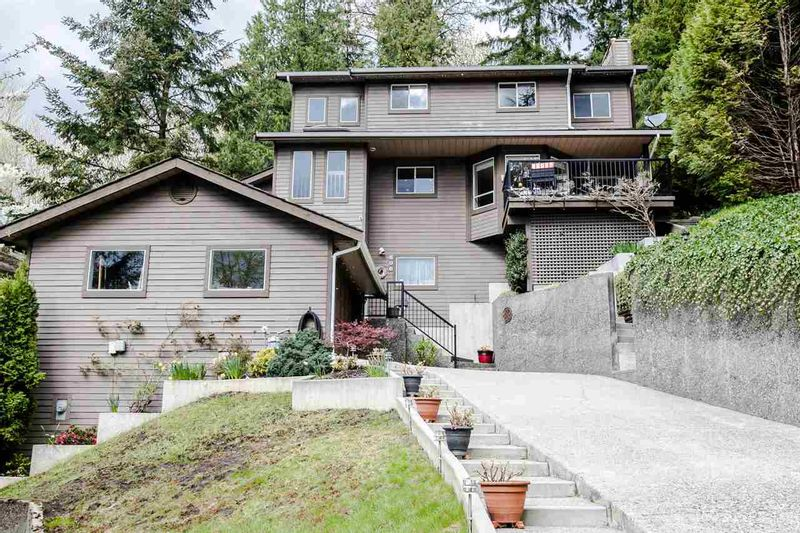 FEATURED LISTING: 606 THURSTON Terrace Port Moody