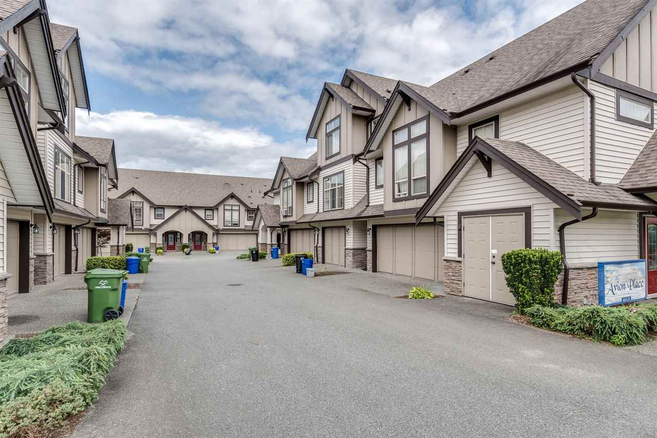 Main Photo: 4 46151 AIRPORT Road in Chilliwack: Chilliwack E Young-Yale Townhouse for sale : MLS®# R2475731