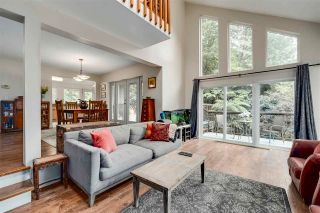 Photo 2: 992 CORONA Crescent in Coquitlam: Chineside House for sale : MLS®# R2593183