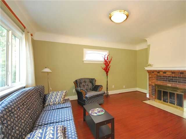 Photo 2: Photos: 2225 E 27TH AV in Vancouver: Victoria VE House for sale (Vancouver East)  : MLS®# V1020652