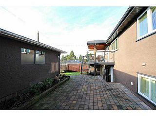 Photo 15: 4560 MIDLAWN Drive in Burnaby: Brentwood Park House for sale (Burnaby North)  : MLS®# V1101390