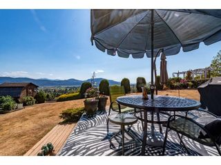 """Photo 37: 2280 MOUNTAIN Drive in Abbotsford: Abbotsford East House for sale in """"MOUNTAIN VILLAGE"""" : MLS®# R2611229"""