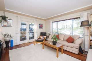 Photo 4: 2785 E 15TH Avenue in Vancouver: Renfrew Heights House for sale (Vancouver East)  : MLS®# R2107730