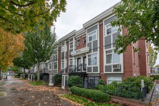 """Photo 3: 171 20170 FRASER Highway in Langley: Langley City Condo for sale in """"Paddington Station"""" : MLS®# R2623481"""