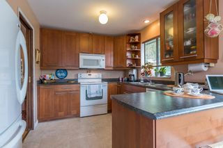 Photo 2: 7843 141B Street in Surrey: East Newton House for sale : MLS®# R2079712