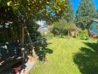 Photo 16: 6326 BLIGH Road in Sechelt: Sechelt District House for sale (Sunshine Coast)  : MLS®# R2591020