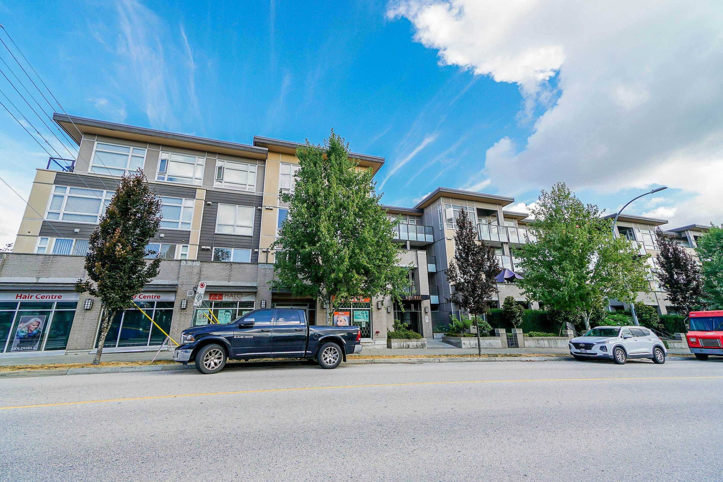 """Main Photo: 415 85 EIGHTH Avenue in New Westminster: GlenBrooke North Condo for sale in """"Eight West"""" : MLS®# R2618084"""