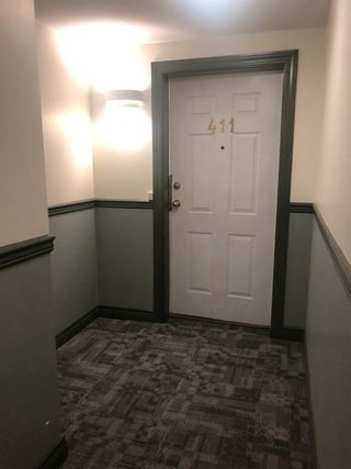 """Photo 3: 411 8142 120A Street in Surrey: Queen Mary Park Surrey Condo for sale in """"STERLING COURT"""" : MLS®# R2606103"""