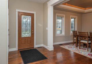 Photo 2: 10445 133 Street in Edmonton: Zone 11 House for sale : MLS®# E4243115