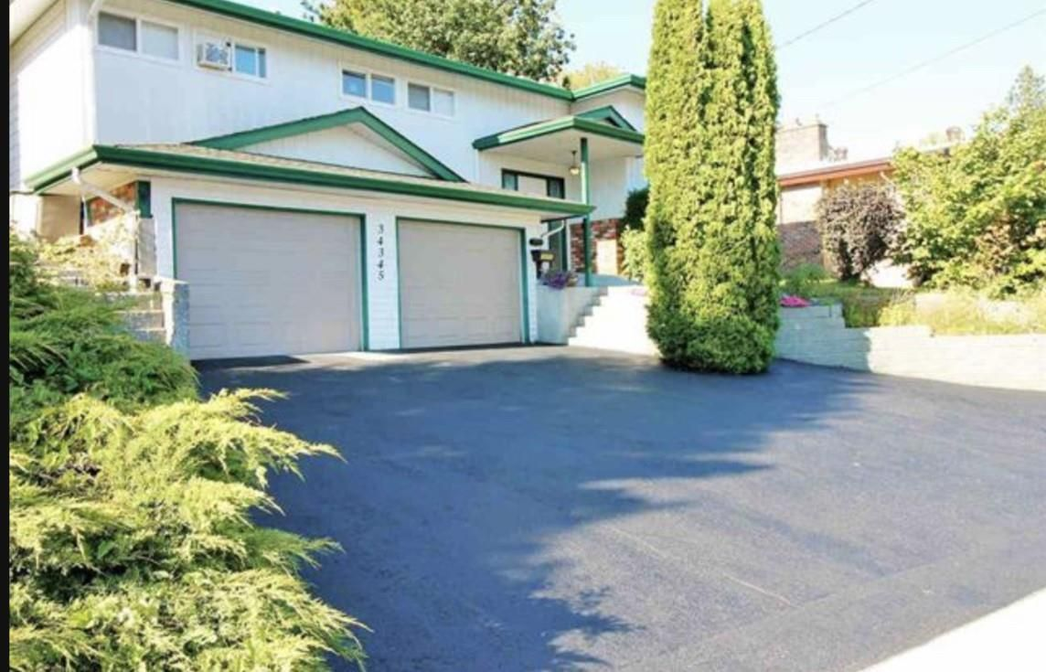Main Photo: 34345 OLD YALE Road in Abbotsford: Central Abbotsford House for sale : MLS®# R2533749