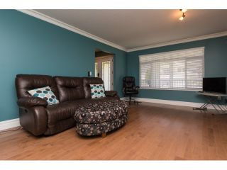 "Photo 4: 15552 VISTA Drive: White Rock House for sale in ""VISTA HILLS"" (South Surrey White Rock)  : MLS®# R2062767"