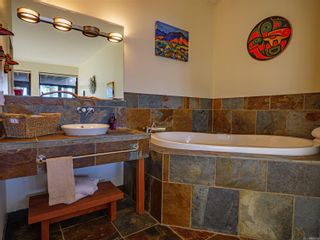 Photo 11: 104 554 Marine Dr in : PA Ucluelet Condo for sale (Port Alberni)  : MLS®# 858214