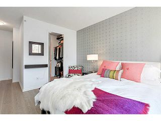 """Photo 7: 214 170 W 1ST Street in North Vancouver: Lower Lonsdale Townhouse for sale in """"ONE PARK LANE"""" : MLS®# V1109526"""