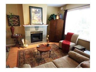 """Photo 1: 43 6577 SOUTHOAKS Crescent in Burnaby: Highgate Townhouse for sale in """"TUDOR GROVE"""" (Burnaby South)  : MLS®# V831621"""