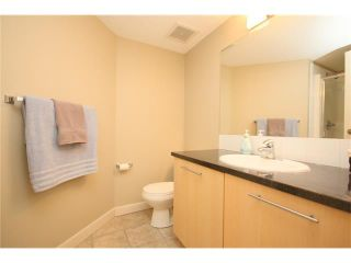 Photo 15: 206 120 COUNTRY VILLAGE Circle NE in Calgary: Country Hills Village Condo for sale : MLS®# C4028039