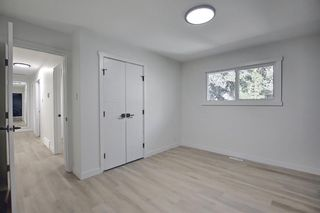 Photo 18: 2445 Elmwood Drive SE in Calgary: Southview Detached for sale : MLS®# A1119973