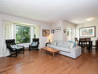 Photo 8: 4 1096 Stoba Lane in VICTORIA: SE Quadra Row/Townhouse for sale (Saanich East)  : MLS®# 815258