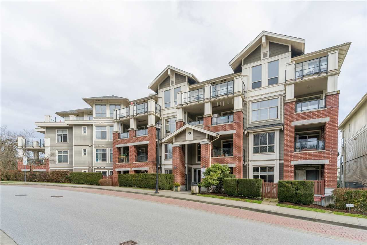 """Main Photo: 102 285 ROSS Drive in New Westminster: Fraserview NW Condo for sale in """"The Grove at Victoria Hill"""" : MLS®# R2554352"""