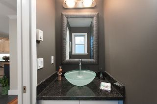 """Photo 7: 13 222 E 5TH Street in North Vancouver: Lower Lonsdale Townhouse for sale in """"BURHAM COURT"""" : MLS®# R2041998"""