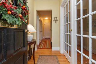 Photo 2: 835 Linkleas Ave in VICTORIA: OB South Oak Bay House for sale (Oak Bay)  : MLS®# 776943