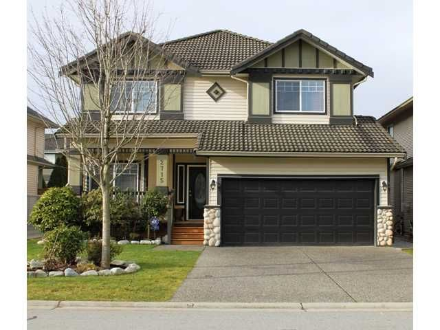 This 11 yr old home is close to schools, shopping & transportation