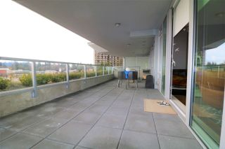 Photo 17: 302 888 ARTHUR ERICKSON PLACE in West Vancouver: Park Royal Condo for sale : MLS®# R2349158