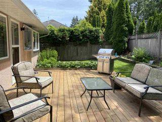 Photo 2: 15310 28A Avenue in Surrey: Sunnyside Park Surrey House for sale (South Surrey White Rock)  : MLS®# R2482968