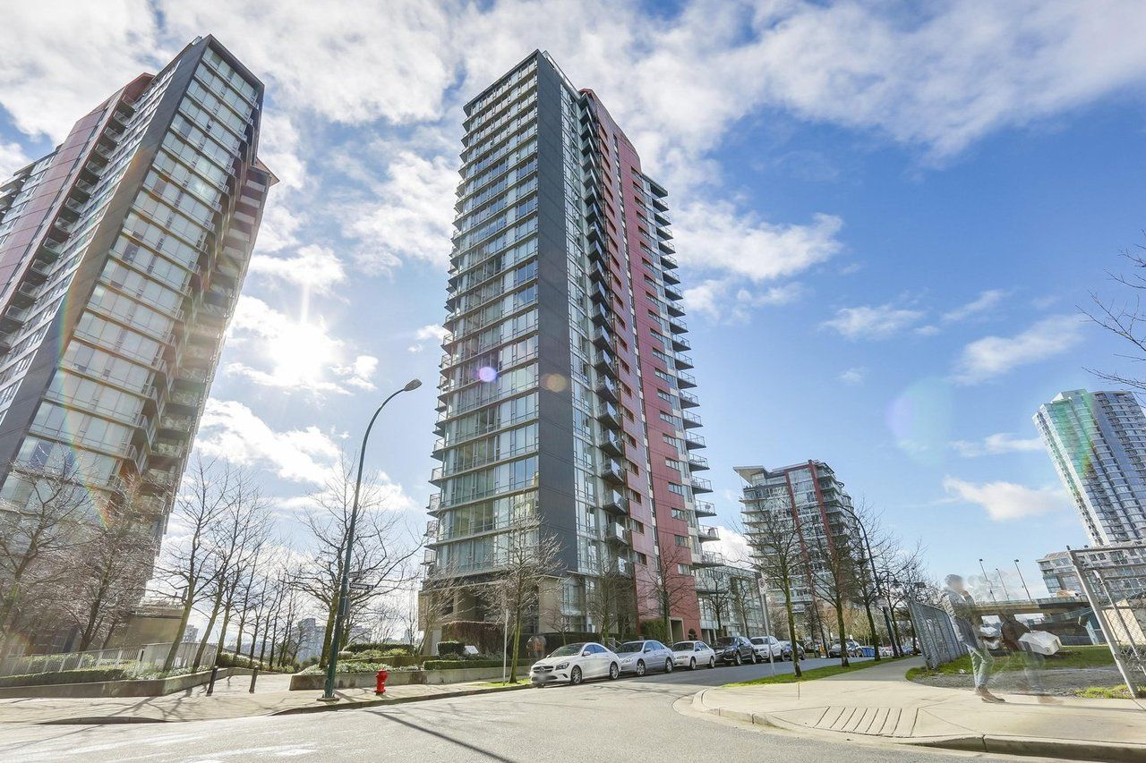 Main Photo: 918 cooperage Way in Vancouver: Yaletown Condo for rent (Vancouver West)  : MLS®# AR150