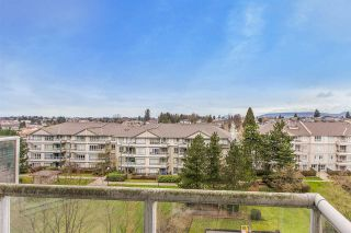 """Photo 9: 707 3489 ASCOT Place in Vancouver: Collingwood VE Condo for sale in """"Regent Court"""" (Vancouver East)  : MLS®# R2441538"""