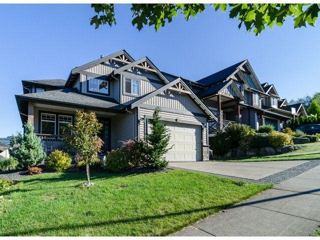 Main Photo: 22855 Docksteader in Maple Ridge: House for sale : MLS®# V1029389