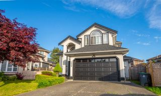 Photo 3: 6636 123 Street in Surrey: West Newton House for sale : MLS®# R2586818