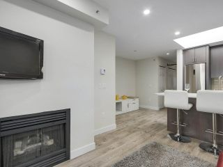 """Photo 10: 401 688 E 16TH Avenue in Vancouver: Fraser VE Condo for sale in """"VINTAGE EASTSIDE"""" (Vancouver East)  : MLS®# R2223422"""