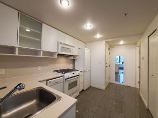 "Photo 4: 2506 939 EXPO Boulevard in Vancouver: Yaletown Condo for sale in ""Max II"" (Vancouver West)  : MLS®# R2575911"