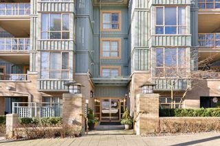 "Photo 1: 212 285 NEWPORT Drive in Port Moody: North Shore Pt Moody Condo for sale in ""BELCARRA"" : MLS®# R2529149"