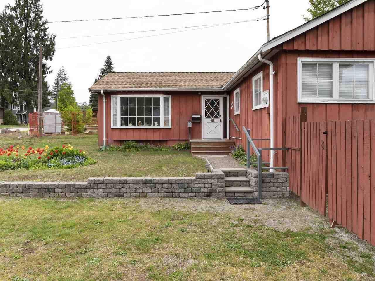 Photo 3: Photos: 1111 REGAN Avenue in Coquitlam: Central Coquitlam House for sale : MLS®# R2452577