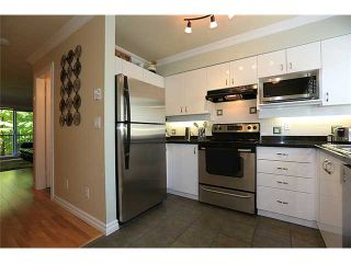 """Photo 5: 25 1561 BOOTH Avenue in Coquitlam: Maillardville Townhouse for sale in """"The Courcelles"""" : MLS®# V1026526"""