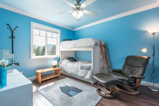 Photo 15: 1391 DEPOT Road in Squamish: Brackendale 1/2 Duplex for sale : MLS®# R2292878