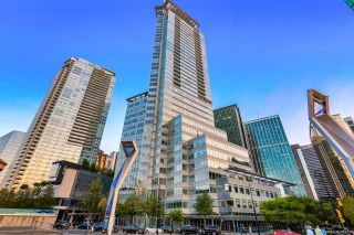 Main Photo: 2201 1077 W CORDOVA Street in Vancouver: Coal Harbour Condo for sale (Vancouver West)  : MLS®# R2610707