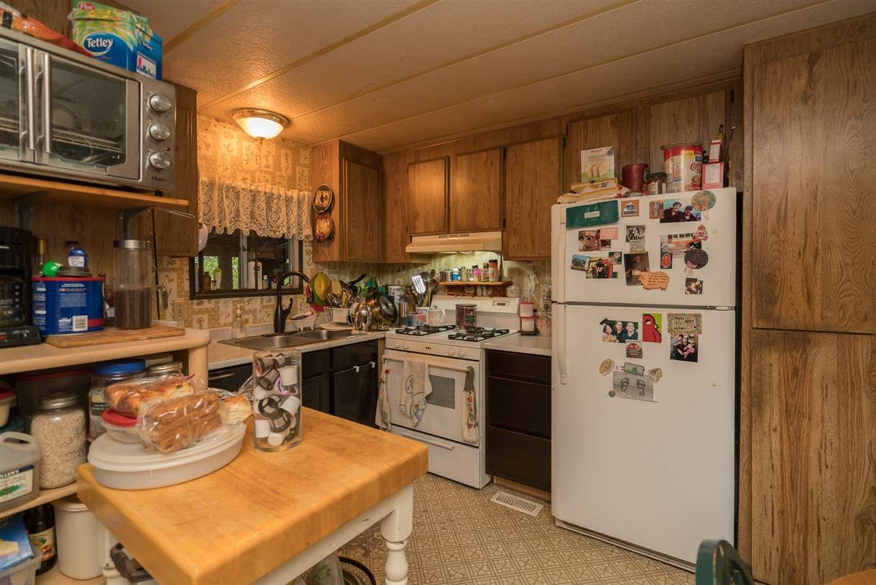 Photo 9: Photos: 36255 TRANS CANADA Highway in Yale: Hope Laidlaw Manufactured Home for sale (Hope)  : MLS®# R2335678