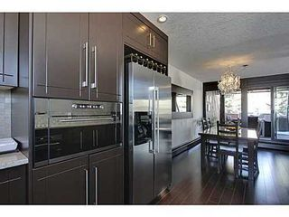 Photo 8: 19 828 COACH BLUFF Crescent SW in Calgary: 2 and Half Storey for sale : MLS®# C3563691