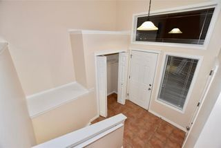 Photo 2: 746 Carriage Lane Drive: Carstairs House for sale : MLS®# C4165692
