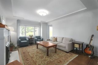Photo 4: 4703 COLLINGWOOD Street in Vancouver: Dunbar House for sale (Vancouver West)  : MLS®# R2401030