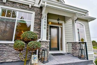 Photo 2: 34866 ORCHARD Drive in Abbotsford: Abbotsford East House for sale : MLS®# R2124536